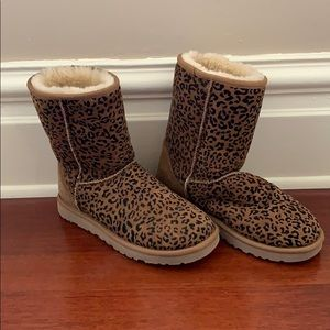 Ugg Australia Leopard Print Boots. BARELY WORN